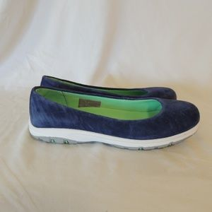 Duluth Trading Company Womens Steel Creek Suede